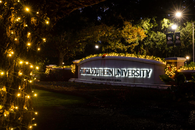Christmas Lights on the sign at the Armstrong Campus